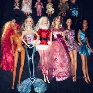 Large Vintage Barbie/Accessory Lot